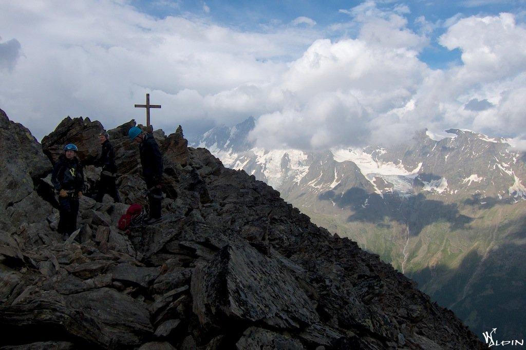 Klettersteig Jegihorn : Jegihorn 3206m www.gipfelpfad.de